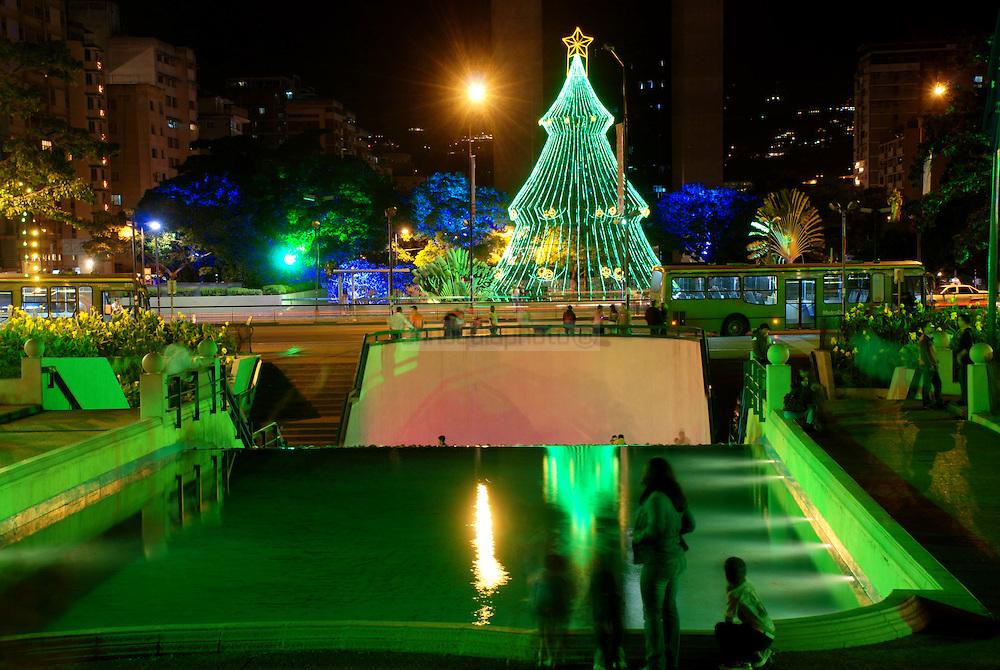 Navidad Plaza Altamira 2008. Caracas, 25 de Diciembre del 2008. (Jimmy Villalta / Orinoquiaphoto)