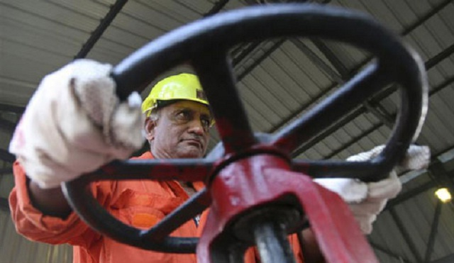 Operador petrolero indio