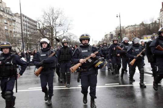 Foto: Oficiales franceses policía / AFP