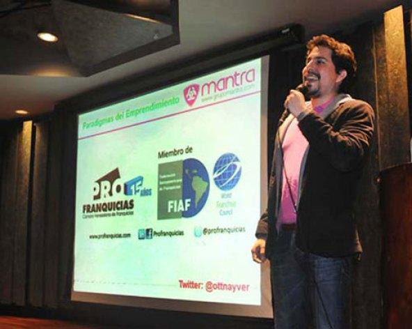 Ottnayver Cadena, vicepresidente de Profranquicias. (Foto Carlos Blanco)