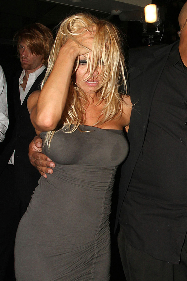pam-anderson-drunk