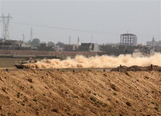 Foto: Un tanque del Ejército de Irak se prepara para atacar a extremistas del grupo Estado Islámico en Tikrit / AP