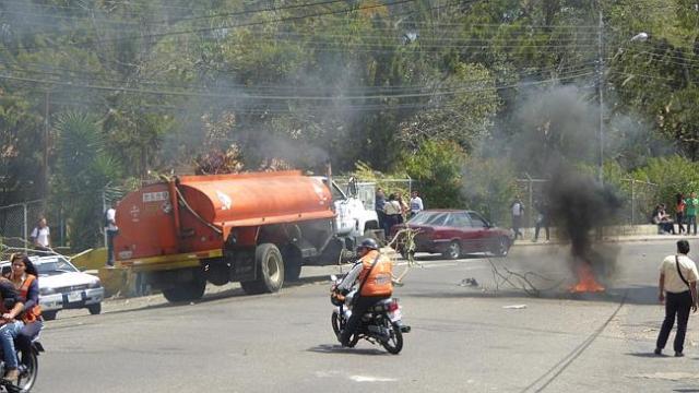 En las calles de Mérida se encontraba la gente protestando / Foto Will Hatton