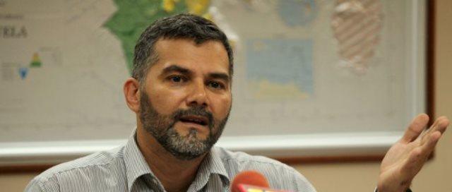 Ministro-Ricardo-Molina1