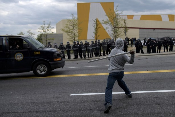 Clashes in Baltimore after funeral of man who died in custody