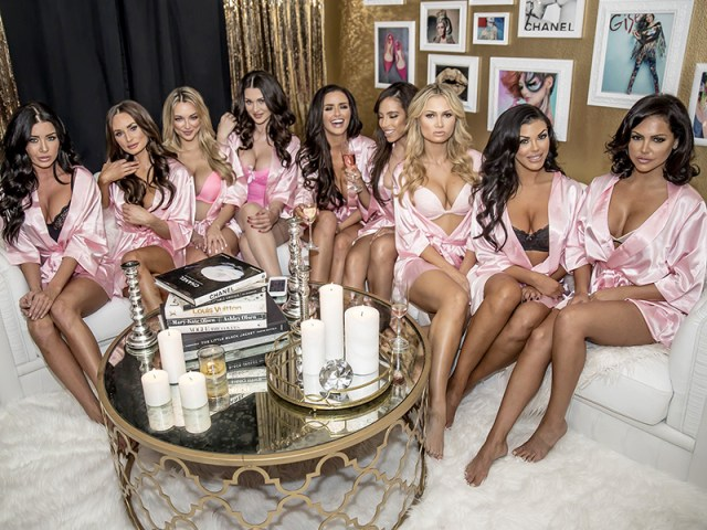 Abigail-Ratchford-Invites-Cleavy-Bombshells-Over-For-A-Slumber-Party-01