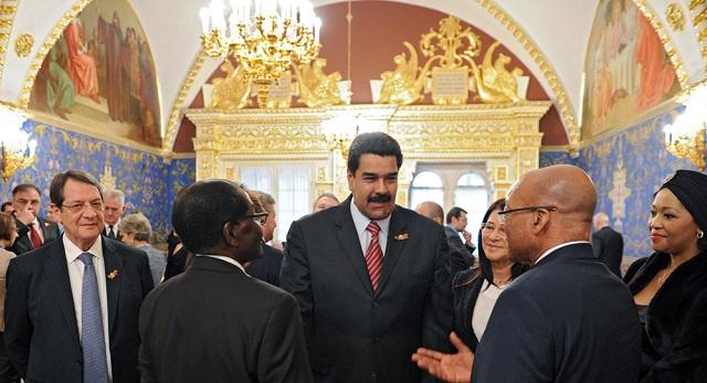 Maduro y Cilia con el presidente de Suráfrica Jacob Zuma / Foto EFE-Ria Novosti