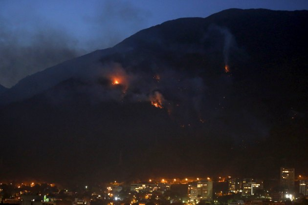 A wild forest fire burns at the Avila national park also known as 'Warairarepano', in Caracas