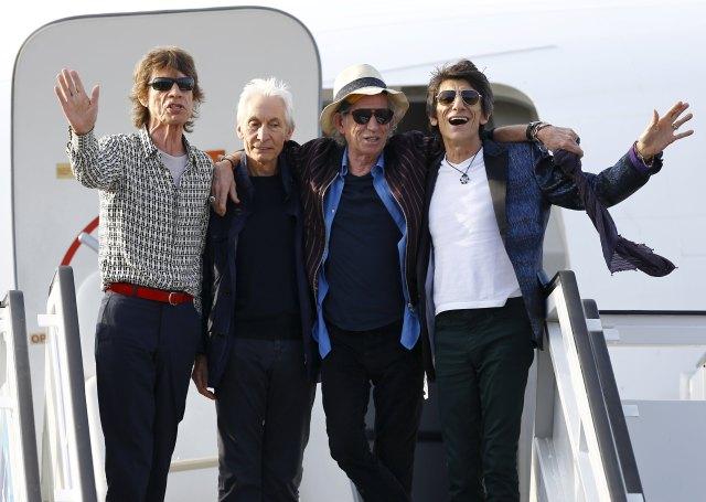 2016 03 24T235002Z 1608083089 GF10000359649 RTRMADP 3 CUBA ROLLINGSTONES - Cómo llegó a The Rolling Stones, la mujer que lo salvó y los puños con Jagger