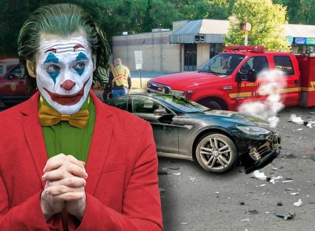 dfd29faab9d445b098ed6437de607deb md - Joaquin Phoenix chocó su carro contra un camión de bomberos y no vas a creer su reacción