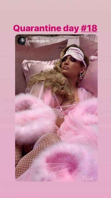 img 3396 1 - En plena cuarentena, Jennifer Lopez mostró todos sus atributos con sensual ropa íntima