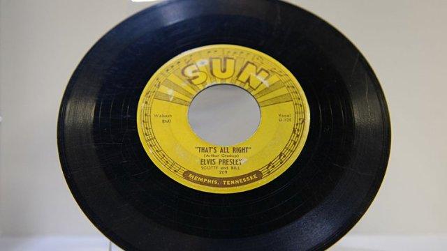 CSQKFHXWJND5HHAVBYLXU5HBTQ - Elvis Presley, a 65 años de Heartbreak Hotel: El movimiento de la pelvis y el sexo entrando por TV en todas las casas