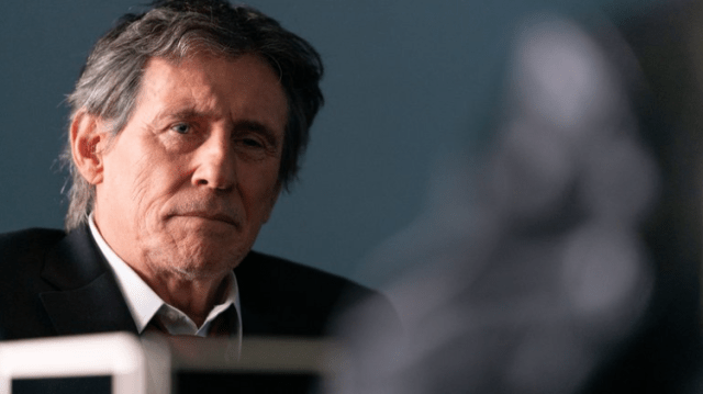 Gabriel Byrne 1 - ¡Inquietante! Actor de Hollywood confrontó al sacerdote que abusó de él cuando era niño