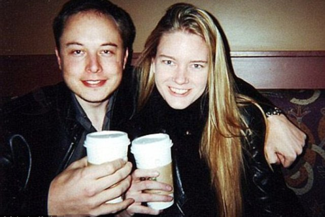 IGDBS2WRONFRRPZUEHLYC76WJM - Los amores de Elon Musk: Su pelea con Johnny Depp por Amber Heard a su sueño de mudarse a Marte con la cantante Grimes