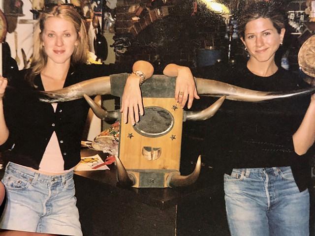 andrea jennifer aniston - Así es el apartamento de 11 millones de dólares en Nueva York donde creció Jennifer Aniston (FOTOS)