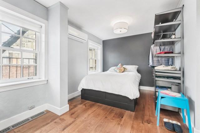 jen aniston home 08 - Así es el apartamento de 11 millones de dólares en Nueva York donde creció Jennifer Aniston (FOTOS)