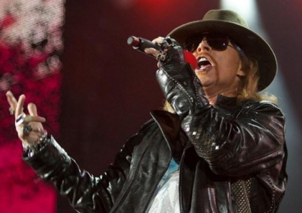 Screenshot 2021 02 06 074738 guns - Axl Rose cumple 59 años: La convulsa construcción de una leyenda del rock