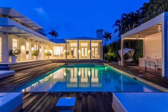 mansion de shakira 3 - La impactante mansión que Shakira puso a la venta hace tres años y aún no puede vender (Fotos)