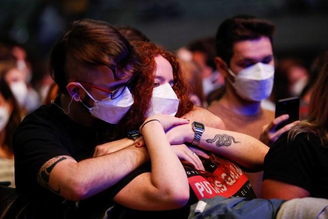 2021 03 27T192311Z 1096507486 RC2VJM9QEPC2 RTRMADP 3 HEALTH CORONAVIRUS SPAIN CONCERT - España tuvo su primer concierto masivo en pandemia sin distanciamiento social (FOTOS)