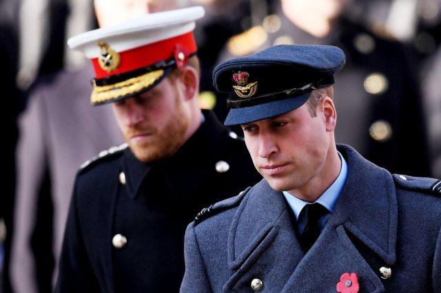 William y Harry - La dura respuesta del príncipe William a las insinuaciones de Harry sobre su rol en la realeza