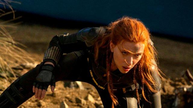 scarlet j 2 - Los mejores MEMES que dejó la demanda de Scarlett Johansson a Disney
