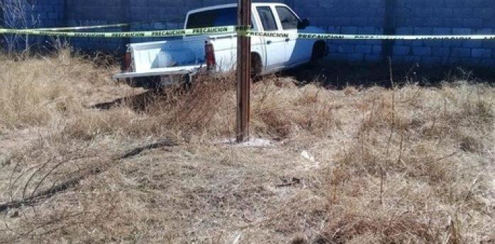 Hallan abandonada camioneta del estado que fue robada, en Parral