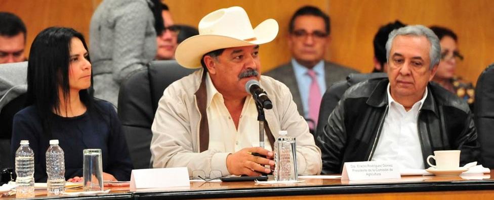Arremete 'Yaco' vs gobernador