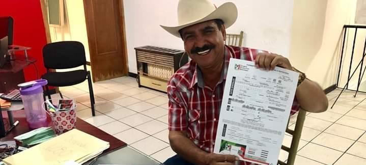 Refrenda su militancia Chuy Velázquez al PRI, nunca lo expulsaron ni él renunció