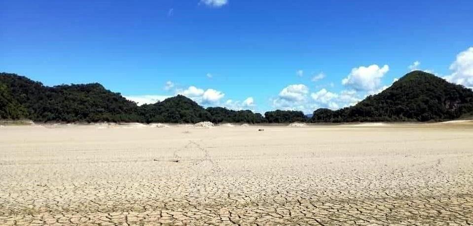 Se seca lago en Selva Lacandona; indagan causas