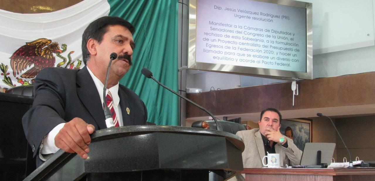 Enérgico pronunciamiento de Chuy Velázquez a la federación por presupuesto para el 2020