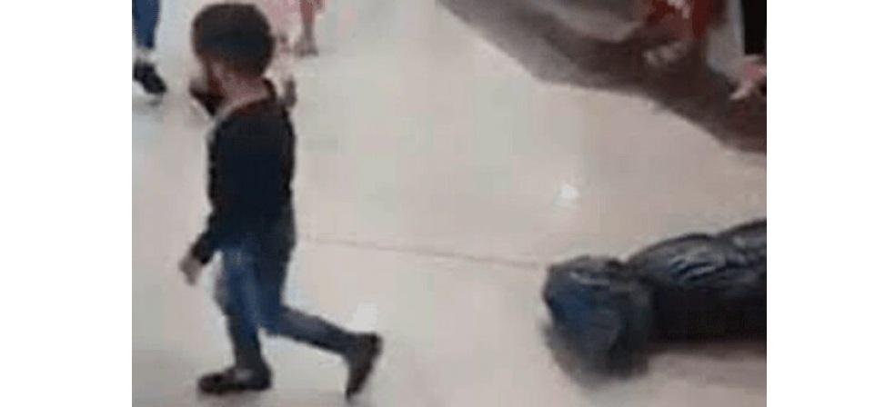 Critican a padres que disfrazaron a su hijo de sicario en sinaloa (VIDEO)