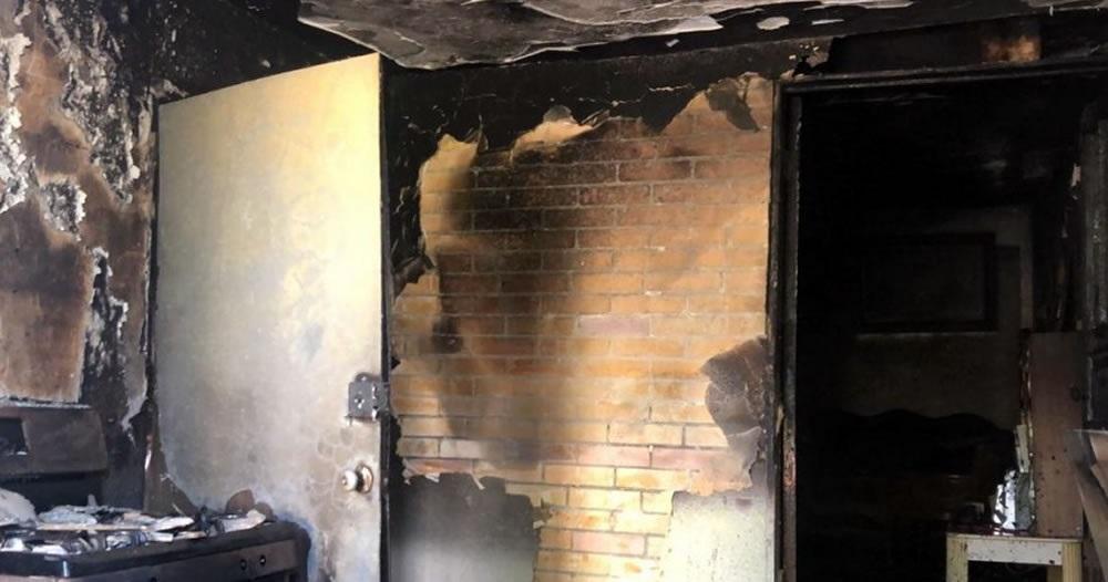 Voraz incendio consume vivienda en la infonavit nacional