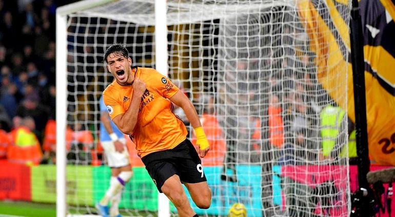 ¡Partidazo de Jiménez! Con gol y asistencia remonta al poderoso City