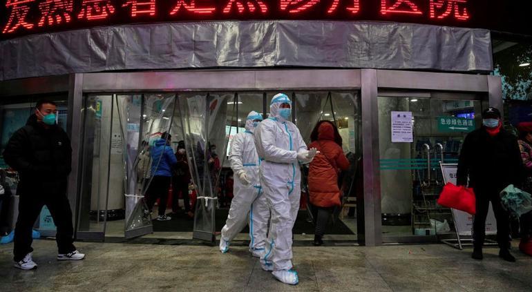 Roza los 1,500 número de muertos por coronavirus en China