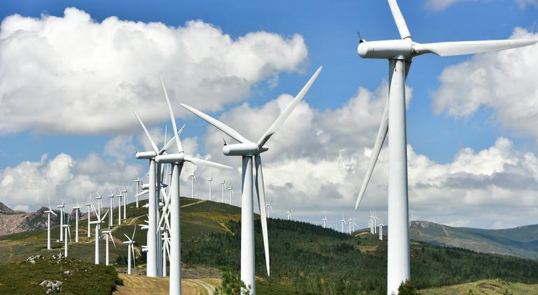 Exigen empresas de México cancelar el bloqueo a energía renovable