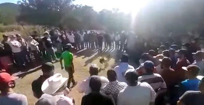 Arman peleas de gallos clandestinas en santa bárbara
