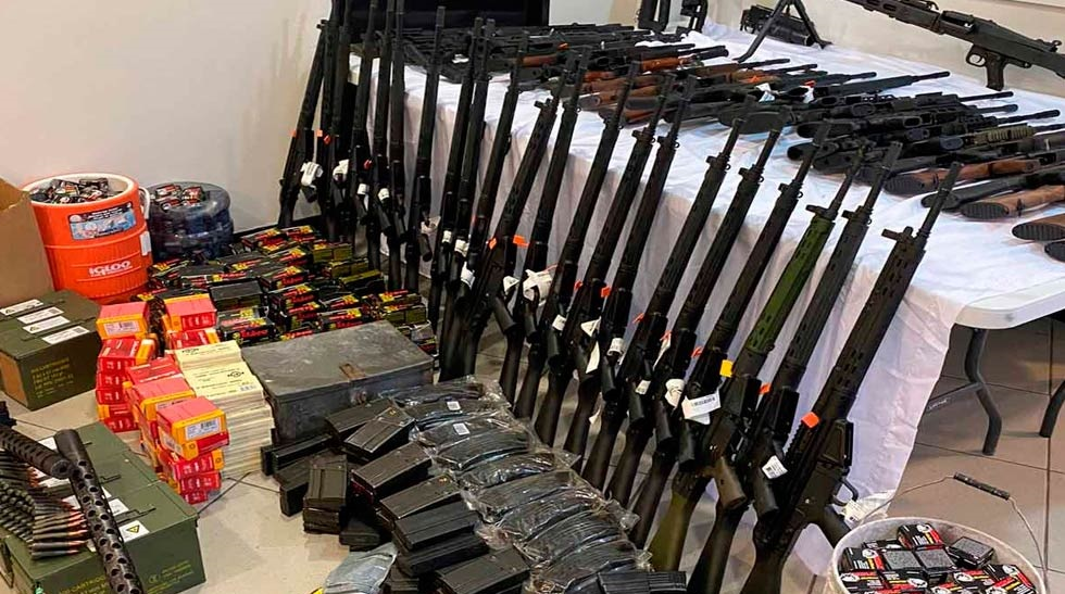 El poderoso arsenal hallado dentro de refrigeradores en Reynosa