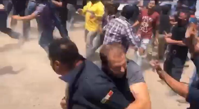 Enfrentamiento a golpes entre agricultores y estatales en Lagunitas (VIDEO)
