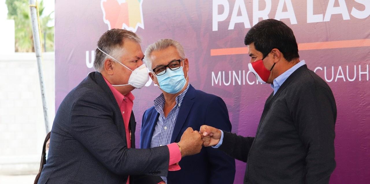 Acompaña alcalde Romeo Morales al gobernador del estado al arranque de obra del centro de justicia para las mujeres en Cuauhtémoc