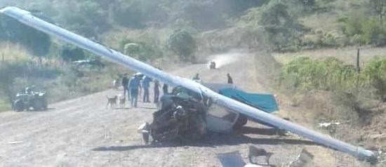 Encuentran avioneta accidentada en pista clandestina de Guadalupe y Calvo