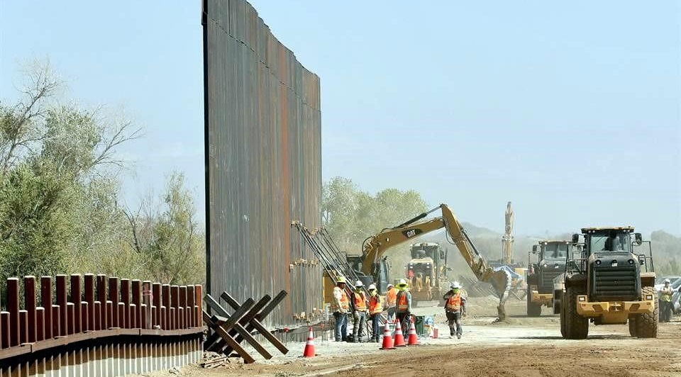 Amenaza muro de Trump abasto de agua en El Paso