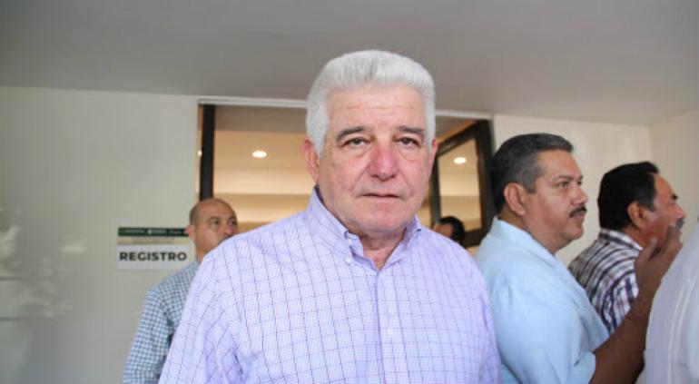 José Ramíro López Obrador buscará la gubernatura de Tabasco