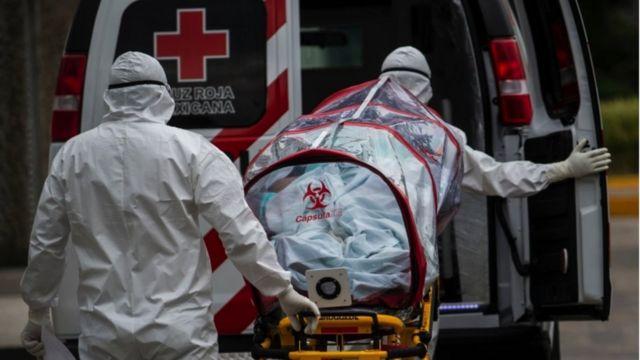 México inicia semana en cuarto lugar de nuevas muertes por covid