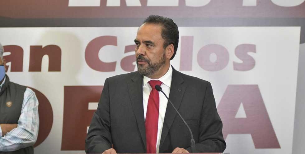 Autorizan a Loera de la Rosa separarse de su cargo como legislador