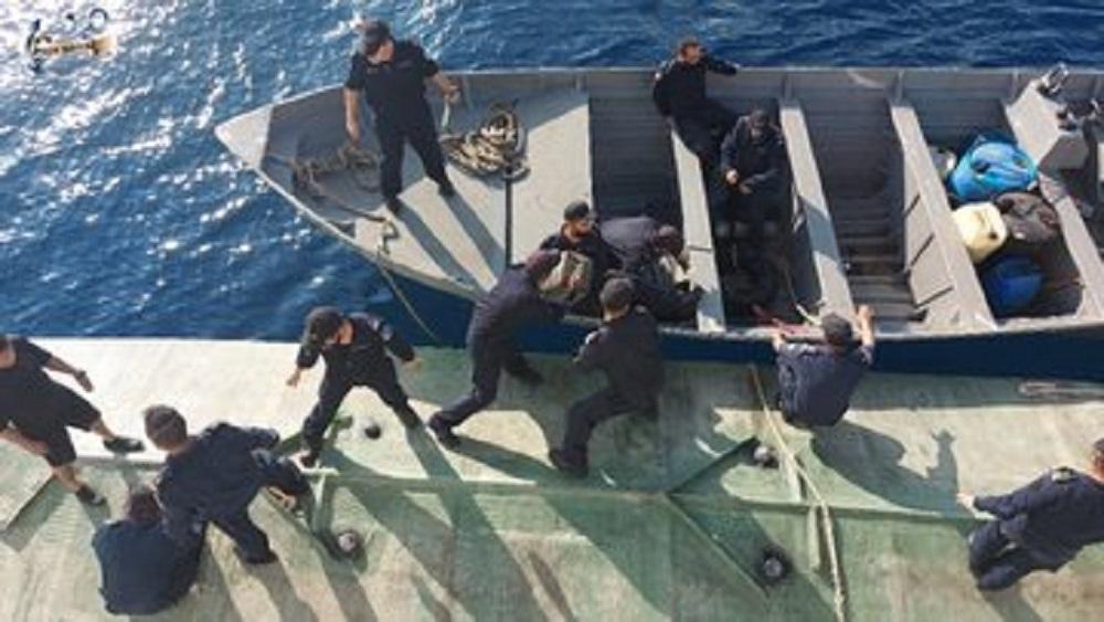 Marina Armada de México decomisa un narcosubmarino con 106 paquetes de cocaína a bordo