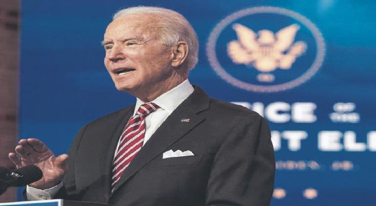Pone Biden como meta vacunar a 100 millones en EU en 100 días
