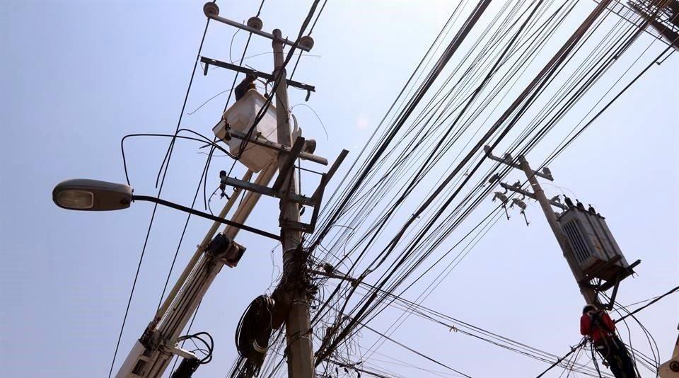 Aumentarán tarifas 17% con reforma eléctrica: Coparmex