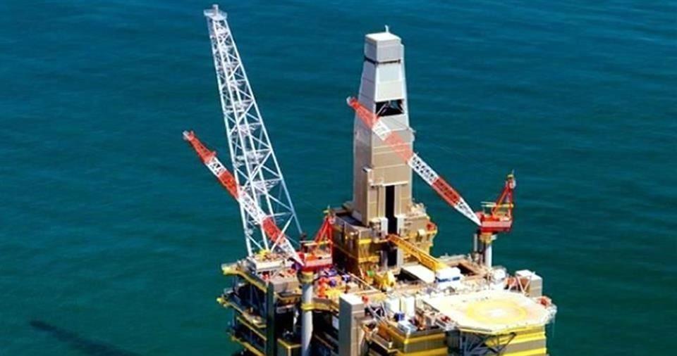 Va Morena por 'fast track' en Ley de Hidrocarburos