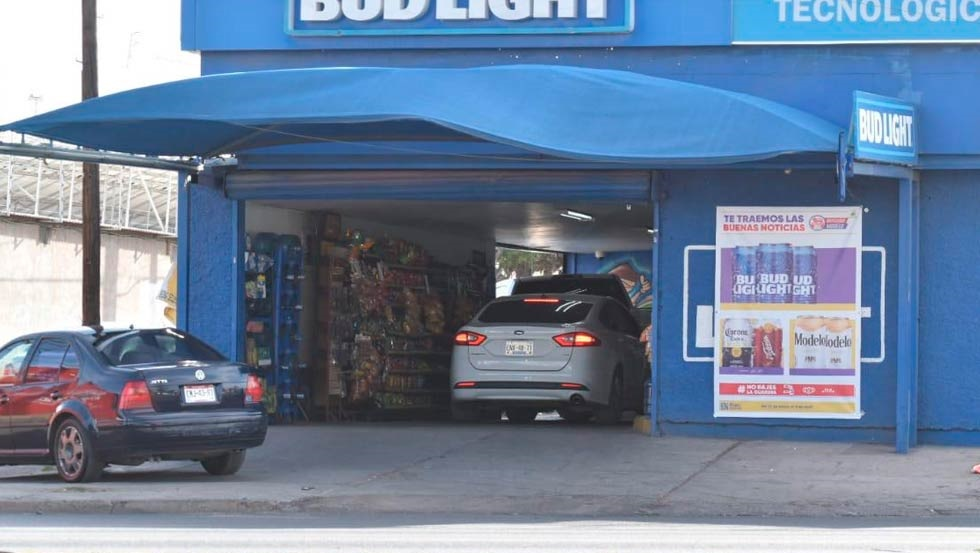 Expendios y supermercados abarrotados ante ley seca de fin de semana