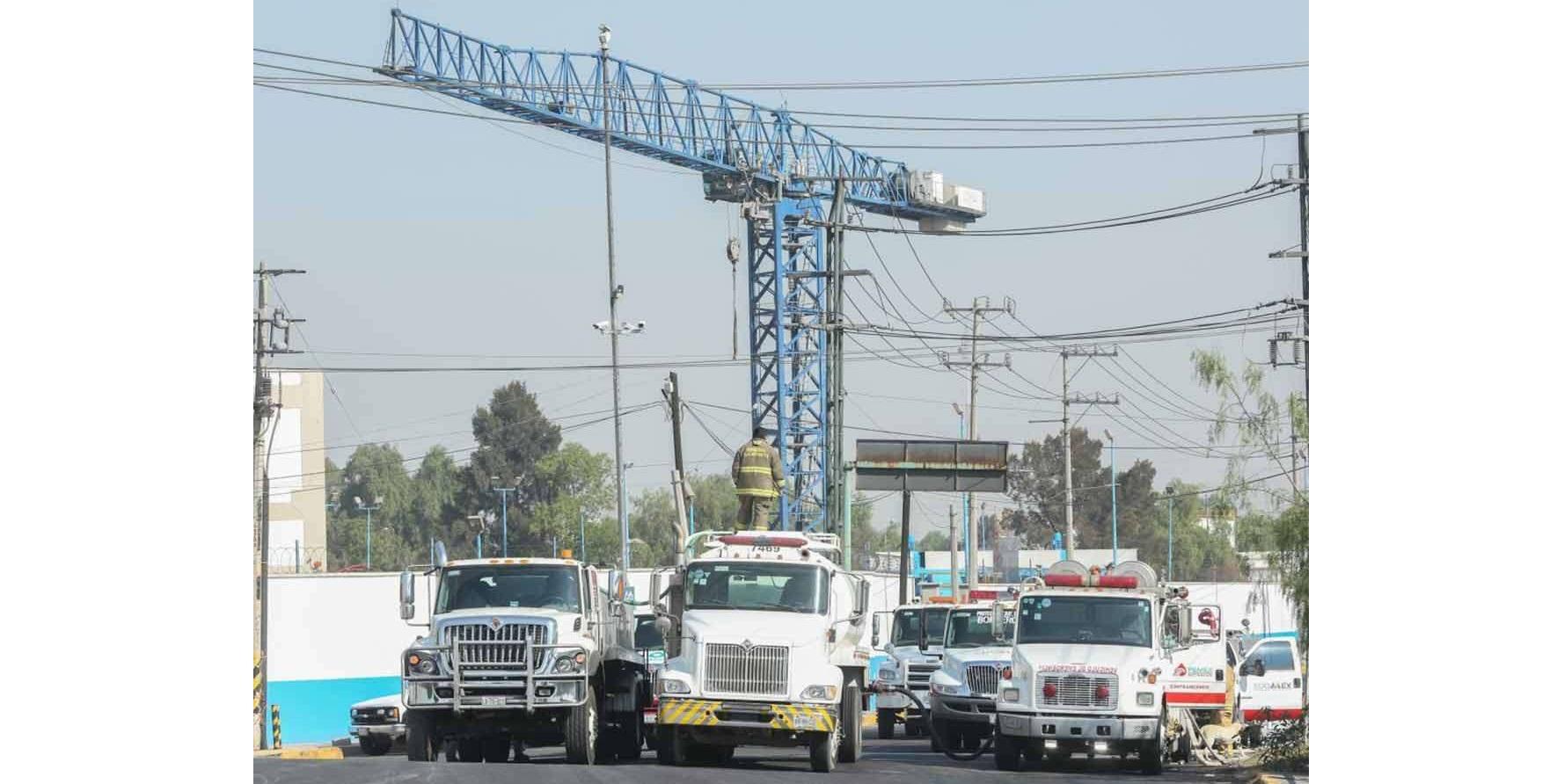 Aseguran punto de huachicol de dimensiones industriales en Ecatepec